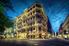 Helsinki Night Lights (Marcus Klepper - Berliner1017) Tags: street city blue red brown streetart newyork color berlin green rot yellow night canon suomi finland gold hotel helsinki heaven raw finnland cloudy sommer fenster eingang hauptstadt sydney himmel wolken ps gelb esplanade 7d autos grn braun blau werbung laterne farbe dri hdr reklame sthle hdri verkaufen lichter fassade menschenleer morgens tokio tische nachts langzeitbelichtung stille fussgngerzone cs4 longtimeexposure blauestunde 10mm ruhe parkverbot markise photomatix kopsteinpflaster strase helsingfor strasenschild grosstadt stunningphotogpin