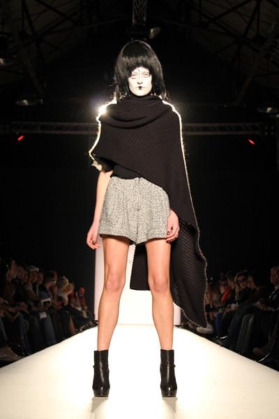 fashionarchitect.net_dimitri_zafiriou_le_diner_surrealiste_aw_2011-12_01