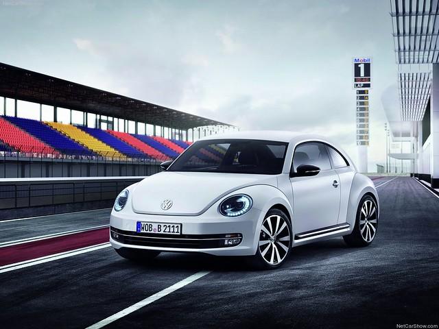 Volkswagen Beetle  2012 (8)