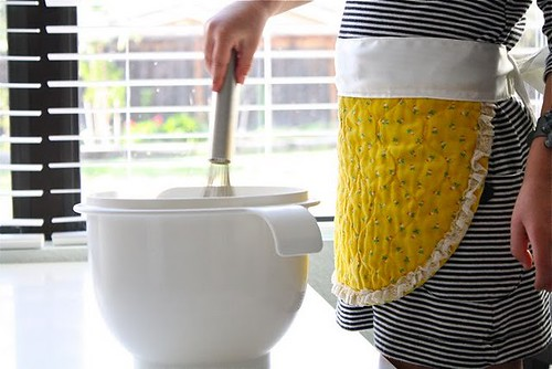 DIY Project Recycled Placemat Aprons