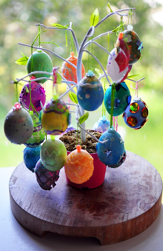 egg tree by hep