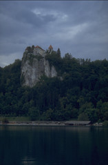 Bled (Cthonus) Tags: lake geotagged slidefilm slovenia scanned analogue slovenija lakebled julianalps blejskiotok bledcastle blejskigrad bledisland republikaslovenija blejskojezero julijskealpe
