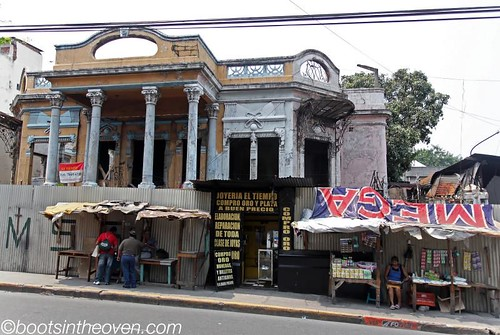 San Salvador Centro (with jewelry store set into the corrugated tin wall)