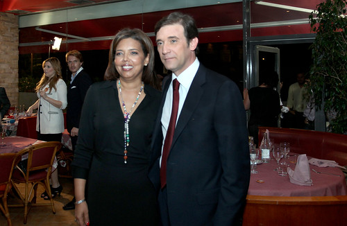 Pedro Passos Coelho e a Esposa Jantam com Artistas