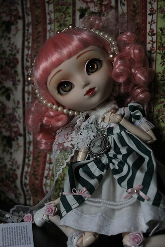 Rozen maiden by Holly Hatter
