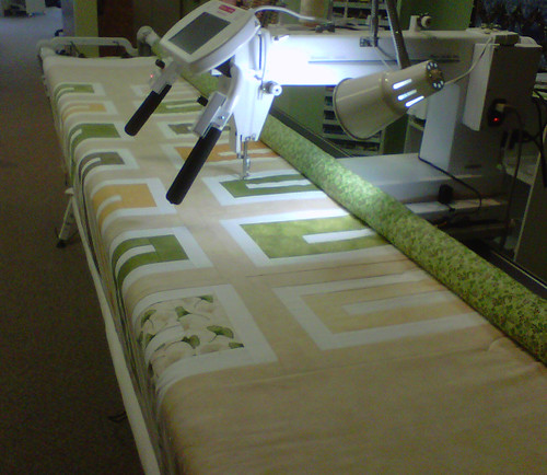 Quilting on the Long Arm Quilt machine