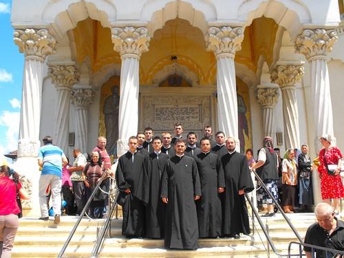 Hram Popesti Leordeni