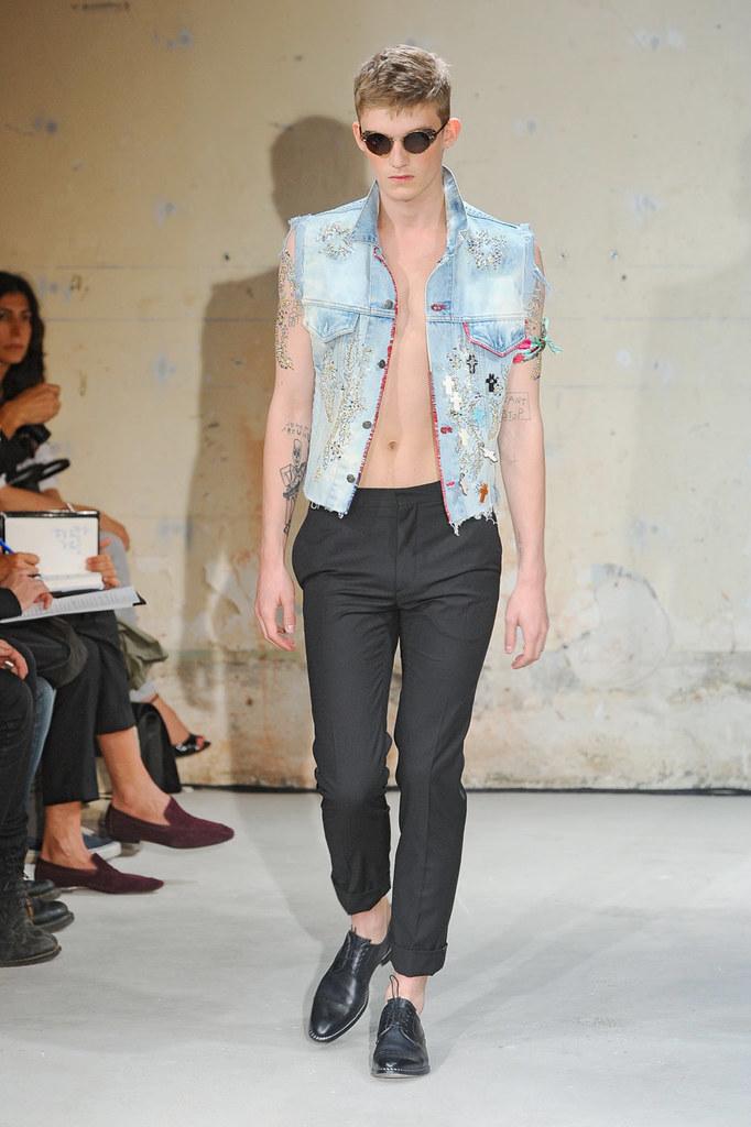 SS12 Paris Christian Lacroix020_Charlie Westerberg(Homme Model)
