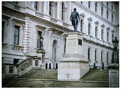 Clive 1725-1774 (swanksalot) Tags: london statue clive opium 1725 1774 robertclive swanksalot sethanderson opiumwar