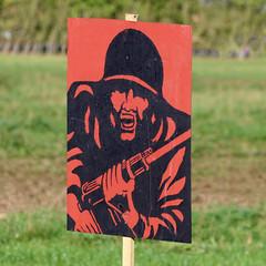 (Leo Reynolds) Tags: canon eos iso100 target f80 150mm 70d 0006sec hpexif leol30random xleol30x xxx2014xxx