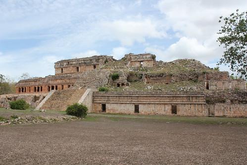 Sayil, Great Palace