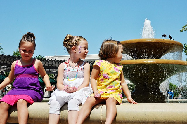 all the girls by the fountain