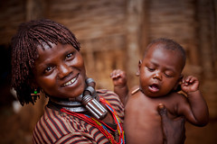hamer tribe mother and son wearing colored beads and tribal rings, bracelets, iron and copper, lower omo valley, ethiopia. (anthony pappone photography) Tags: africa people afrika afrique 非洲 アフリカ エチオピア 아프리카 埃塞俄比亞 africantribe африка أفريقيا эфиопия أثيوبيا ringexcellence अफ्रीका