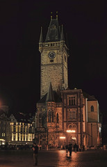 Night and day (Fil.ippo) Tags: old city night town hall prague praha praga noise notte filippo citt municipio vecchia reduction d5000