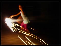 Efeitos - Effects (*Mr. Hyde*) Tags: fireworks chiaroscuro fogosdeartifcio baixavelocidade lowspeed claroescuro