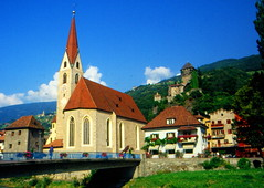 Chiesa in Val Venosta (DuccioP( Thanks to all for over 50.000 views)) Tags: church italia alto merano kirke adige vischingau