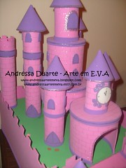 Castelo tema Princesas (Andressa Duarte Artesanato em E.V.A) Tags: eva castelo carros convite madagascar bailarina baleiro festainfantil lembrancinha enfeitedemesa enfeitesdemesa chádefralda