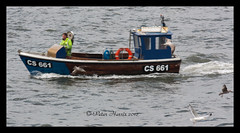 8938 Local Fisherman CS661 (peter harris41) Tags: boats fisherman ships cargo shipping fishingboat rivertees redcarcleveland pdports cs661