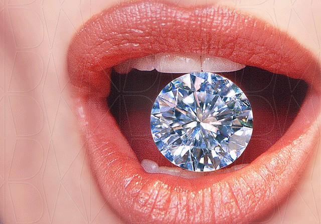 Products-001-Williams-Diamond-by-DMNikas-©-2000-
