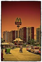 Mcdonalds (Victorddt) Tags: chile beach playa mcdonalds antofagasta balenario nikond3100