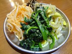 Korean Veggies @Futago, Mita, Tokyo (Phreddie) Tags: trip friends food japan dinner fun happy restaurant tokyo yum beef bbq meat grill delicious korean biz mita offal yakiniku meatclub horumon futago 2014051