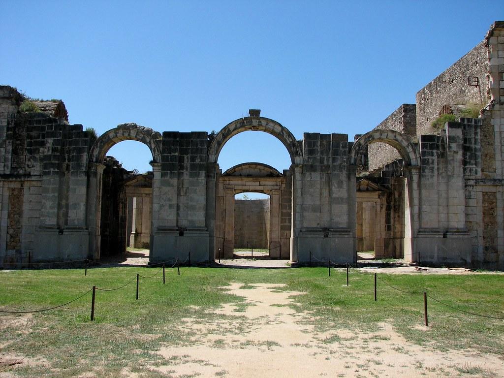 В крепости Сан Ферран