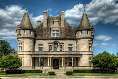 Hecker-Smiley Mansion - 5510 Woodward Ave.  Detroit, Michigan (Brian Callahan (Luxgnos.com)) Tags: detroit mansion heckersmileymansion briancallahan shinsanbc mygearandme mygearandmepremium mygearandmebronze mygearandmesilver mygearandmegold mygearandmeplatinum mygearandmediamond 5510woodwardave luxgnosphotography luxgnosis wwwluxgnoscom