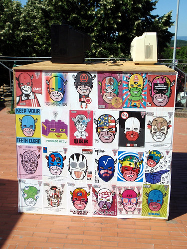"""Street Art Area (Poster Art - Omino71) - """"LiberARTI Street Art Festival 2011"""" in Montaione - Firenze (Italy) by Stelleconfuse"""