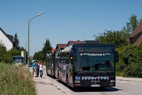 Der Buszug verlässt die Pulverturmstraße
