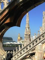 Scorcio milanese (La minina) Tags: milan italia cathedral spires milano terraces campanile vista duomo cornice guglie terrazze gettyimagesitalyq1