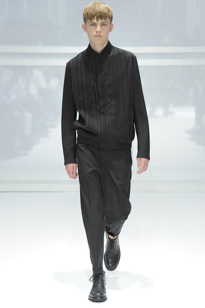 SS12 Paris Dior Homme041_Timothy Kelleher(VOGUEcom)