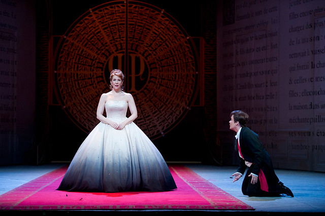 Joyce DiDonato as Cendrillon, Alice Coote as Le Prince Charmant in Cendrillon  © Bill Cooper/ROH 2011