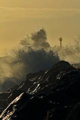 Anglet - La Barre (Cdric Darrigrand) Tags: ocean storm canon wave vague phare euskalherria euskadi paysbasque tempete labarre anglet t2i eos550d kreatox kreatoxcom cdricdarrigrand