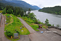 Cascade Locks trailhead and Columbia River (Throwingbull) Tags: bridge mountain mountains oregon river foot washington pacific hiking path or columbia hike crest trail wa gods gorge pct recreation footpath