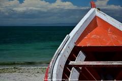 Bote con mar de fondo (Javier Volcan) Tags: wood blue sea sky beach de boat nikon marine barco venezuela playa tropical margarita caribbean polarized isla circular caribe porlamar polarizado d7100 jdvolcan guaragua jdvolcangmailcom