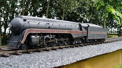 N&W 004 (MODEL AND REAL TRAINS) Tags: scale nw o steam locomotive mth