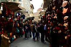 皮件市場的朝晨 ~San Lorenzo markets @ Firenze  聖羅倫佐市場 ~ (PS兔~兔兔兔~) Tags: park street old city morning travel people italy holiday streets history love leather gardens architecture shopping gold town hall florence europe pretty italia cityscape market walk traditional landmark courtyard romance unesco campanile tuscany vista romantic historical santamaria firenze sanlorenzo piazza toscana michelangelo viewpoint fiore toscane palazzo medusa renaissance oldest centralmarket culturalheritage cellini cityview vecchio 人文 florentine oldpalace 義大利 humanities mercatocentrale uffizimuseum 佛羅倫斯 romancing basilicadisanlorenzo 世界文化遺產 翡冷翠 中央市場 bridgeponte panview townscenery