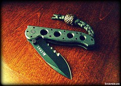 CRKT M21-02SFG (Stormdrane) Tags: paracord 550cord knot lanyard twostrandwallknot black brown leather lace gaucho woodenbead sinnet columbiariverknifeandtool stormdrane edc everydaycarry folder hobby craft diy decorative useful hiking camping backpacking fishing boating sailing scouting military beprepare veffserrations comboedge locking autolock pillar geocache bushcraft cut slice shred