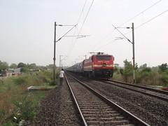 AP Express (kshitijwap4) Tags: trains nagpur indianrailways irfca
