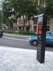 Contador ciclistes (Francis Lenn) Tags: barcelona city españa bike bicycle spain europa europe rental bicicleta catalonia lane bici catalunya cataluña ciutat espanya carril enbicixbcn