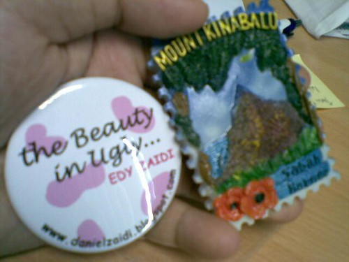 Dapat FM & Badge The Beauty In Ugly :) by herneesamshudin