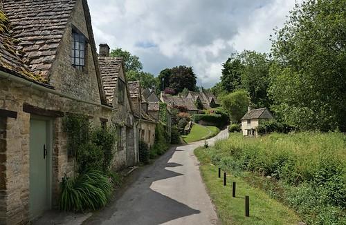 Harken houses