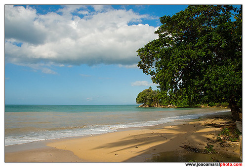 Baucau Beach II by joaoamaralphoto