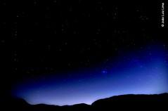 Starry Night in 2013 (jluizmail) Tags: sky nature beauty riodejaneiro stars star photographer natureza estrelas cu astronomy beleza fotografia astronomia fotgrafo grumari starrynight arlivre startrail fotografianoturna rastrodeestrelas nightphotograhy noiteestrelada aoarlivre praiadogrumari jluiz jluizmail jooluizlima