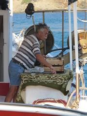 pescatore (ermyale) Tags: barca pescatore grecia andros cicladi