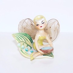 Made in Japan Tinker Bell with Lily of the Valley and Dish Figurine (filigreefairy) Tags: tinkerbell madeinjapan disney peterpan fairy lilyofthevalley flower vintage pixie elf fantasy fairytale birdsnest madeinjaoan ceramic netwings tullewings
