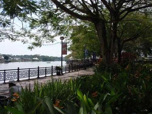 Kuching walkway