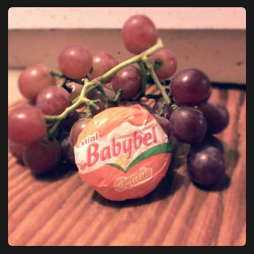 cheese_grape