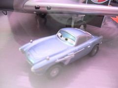 disney cars 2 disney store spy shoot out playset (2) (jadafiend) Tags: cars scale kids movie model disney animation lightup collectors adults exclusive theking sets playset disneystore diecast cars2 10car lightningmcqueen lewishamilton 4car siddley dinoco chickhicks rpm64 sidewallshine clutchaid nostall trunkfresh easyidle transberryjuice finnmcmissle raoulcaroule jeffgorvette maxschnell nigelgearsley miguelcamino spyshootout