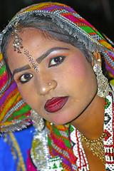BAILARINA DE RAJASTHAN (titoalfredo) Tags: india color mujer danza ojos labios jaipur rajasthan bailarina trajes tipicos maquillada asiamenor collores ojosmarrones titoalfredo